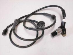 Zvětšit fotografii - Snímač otáček ABS zadního kola FELICIA orig.: 6U0927807A