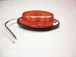 Poziční světlo oválné červené (průměr 100x45mm) pro žárovku C5W