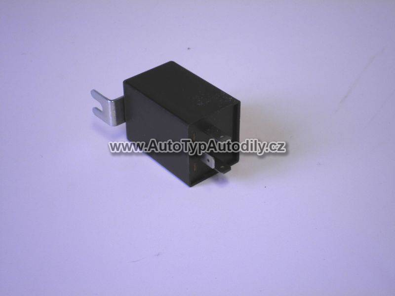 Přerušovač blinkrů 3-polový Wartburg - 0000036 DDR